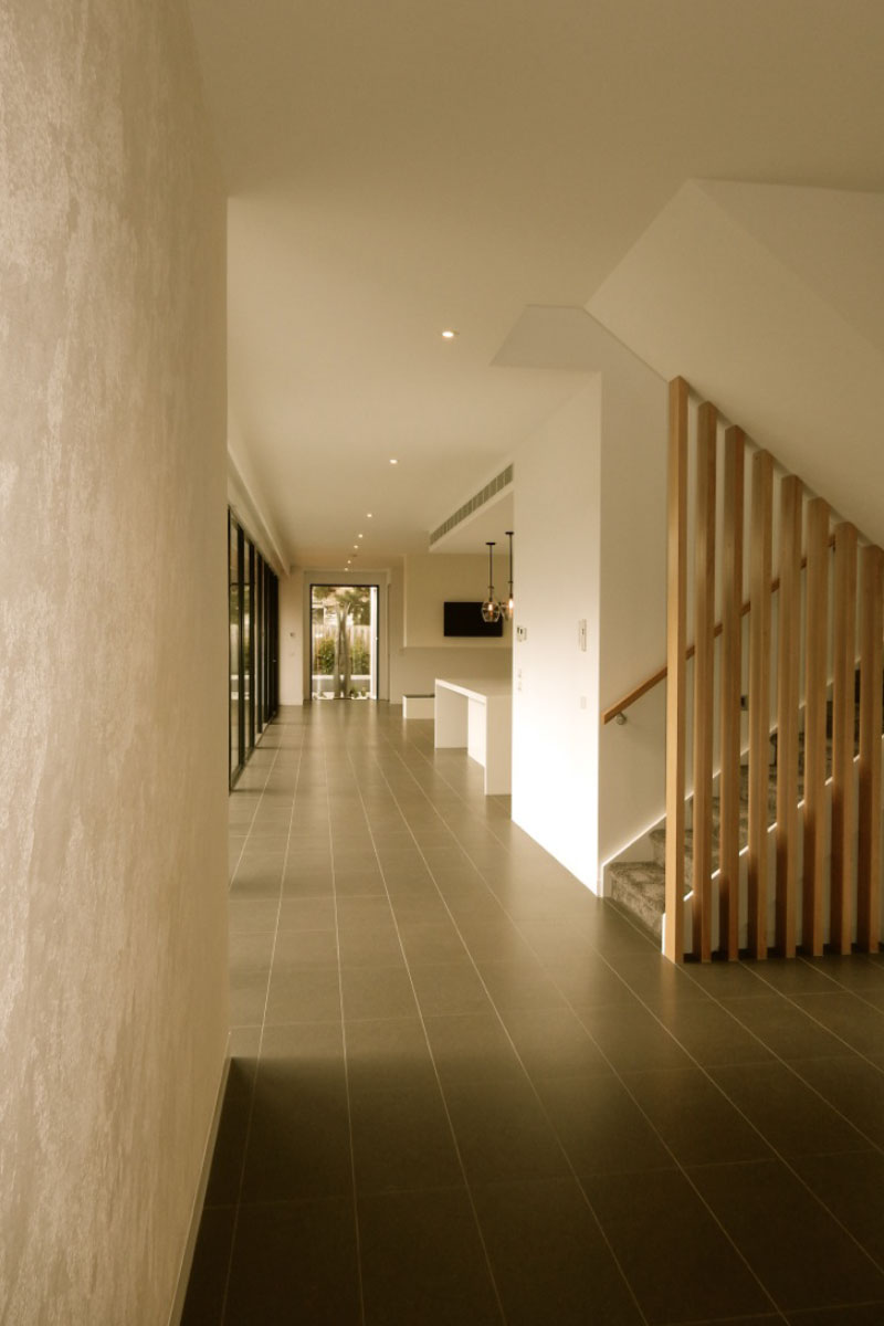 Floor – Porcelain tiles 300x 600mm – Home Charcoal Matt courtesy of DDB Design and Construction
